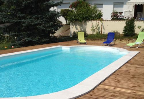 Pisciniste bordeaux bni bordeaux for Budget piscine coque